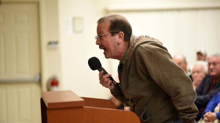 Alan Chasinov, a Mastic Beach resident, criticizes Mayor