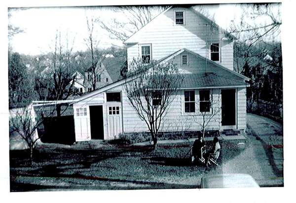 A historical photo of the Teich house, built