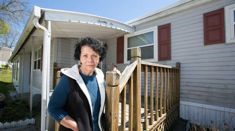 Diana Ruvolo, a neighbor and friend of Rose
