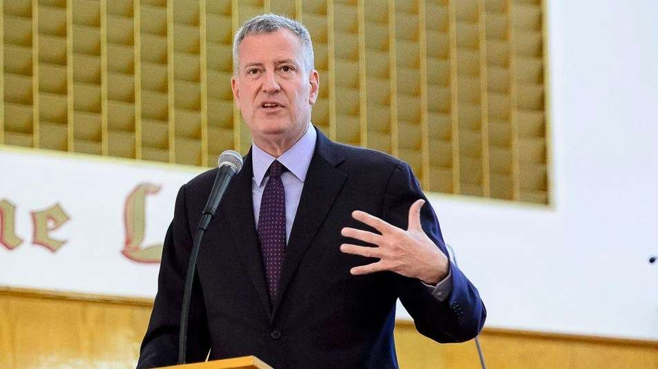 Mayor Bill de Blasio speaks at Calvary Baptist