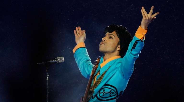 Prince's family is scheduled to attend a Monday