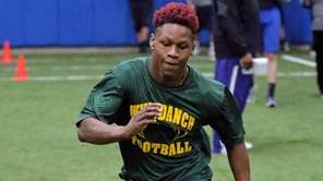 Wyandanch's Alonte Shipp runs the 3 cone drill