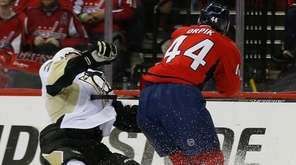 Washington Capitals defenseman Brooks Orpik (44) levels