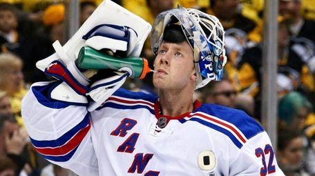 New York Rangers goalie Antti Raanta takes