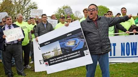 Pat Nicolosi, president of the Elmont East End