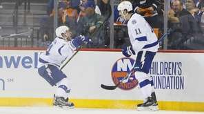 Tampa Bay Lightning right wing Ryan Callahan (24)