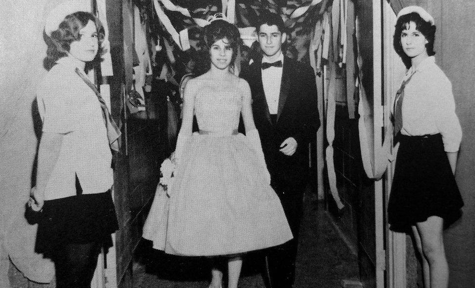 Guests entering the 1961 Massapequa High School Junior
