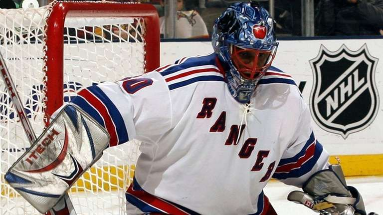 Goalie Kevin Weekes of the New York