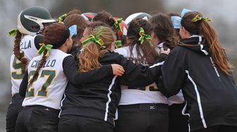 Lindenhurst teammates celebrate after their 2-1 walk-off win