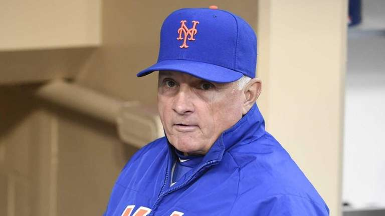 Terry Collins #10 manager of the New York