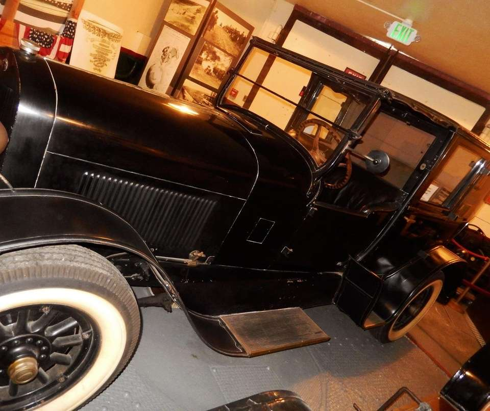 William K. Vanderbilt II's 1928 Lincoln limousine, currently