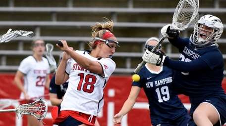 Stony Brook's Courtney Murphy (18) with a behind