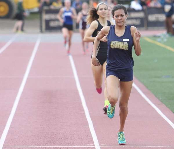 Shoreham-Wading River's Katherine Lee wins the 1,500-meter run