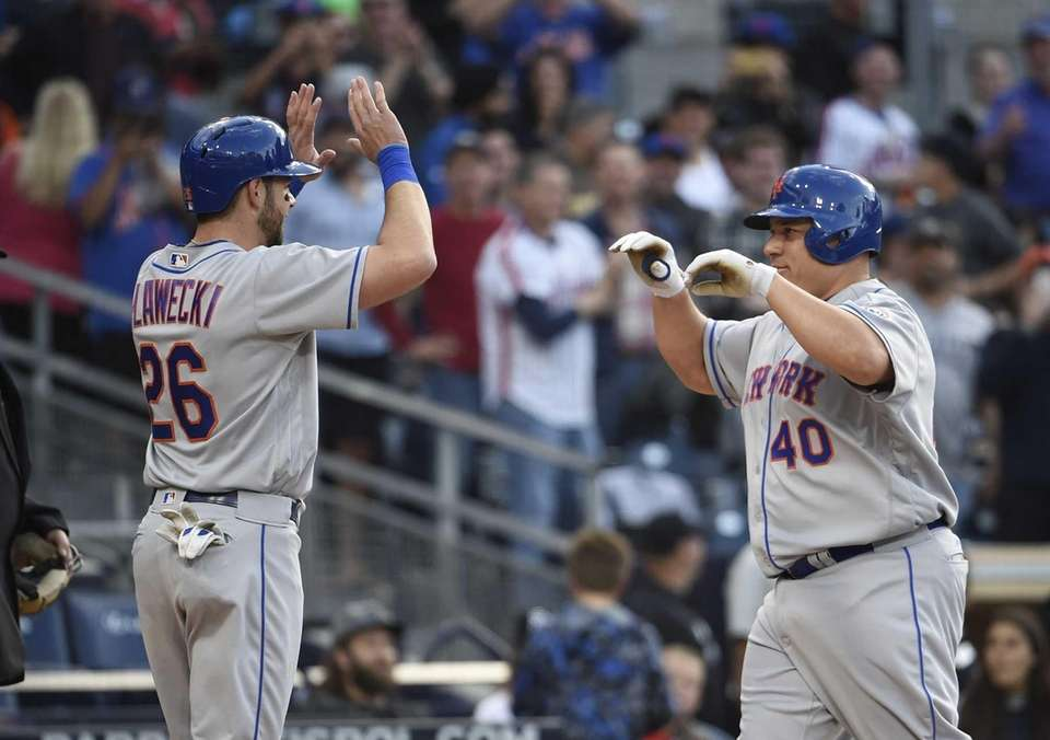 Bartolo Colon of the New York Mets, right,