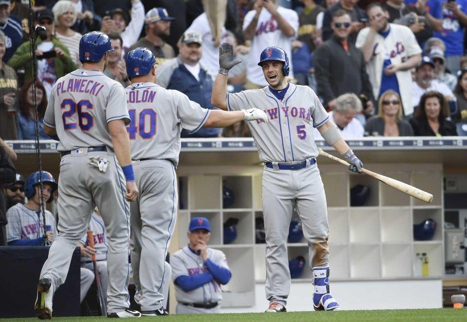 Bartolo Colon of the New York Mets, center,