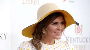 Singer Hillary Scott of Lady Antebellum attends the