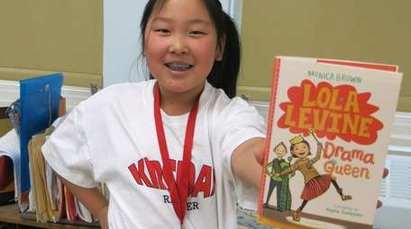 Kidsday reporter Sophia Park read the book
