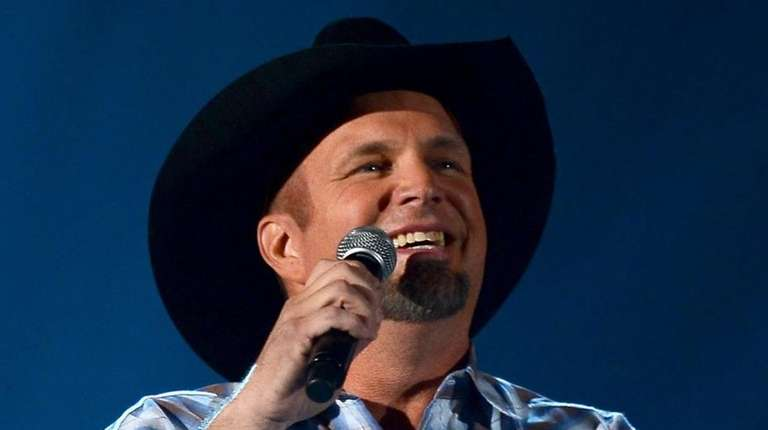 Garth Brooks will play the first-ever country concert