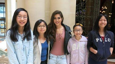 Singer Sammi Sanchez, center, with Kidsday reporters Sunny