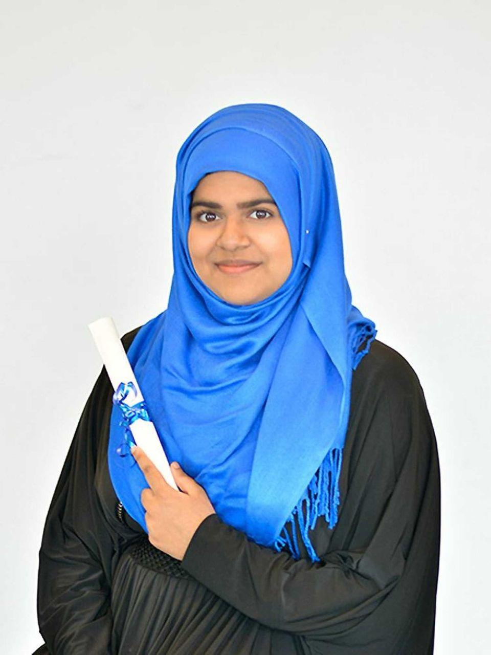 SADIA RAHMAN, CRESCENT SCHOOL Hometown: Westbury GPA: 95.30