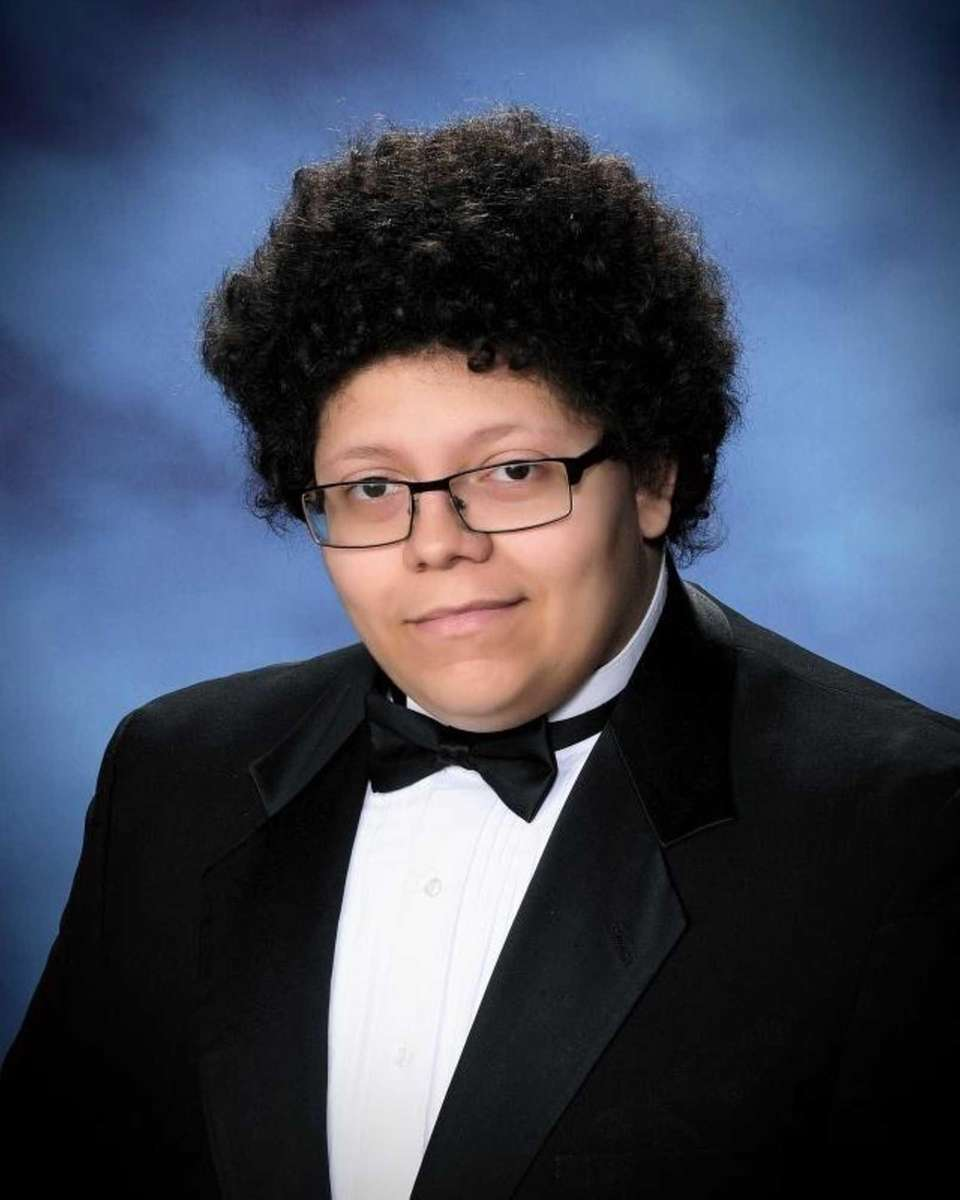 CHRISTOPHER MESZAROS-RODRIGUEZ, FREEPORT HIGH SCHOOL Hometown: Freeport GPA: