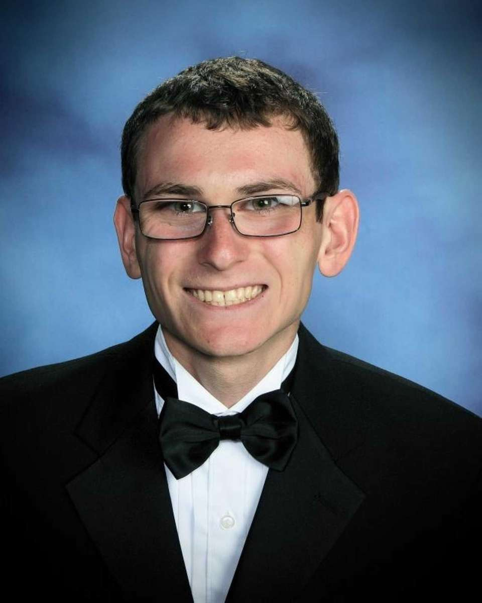 JOSEPH MESSINA, RIVERHEAD HIGH SCHOOL Hometown: Aquebogue GPA:
