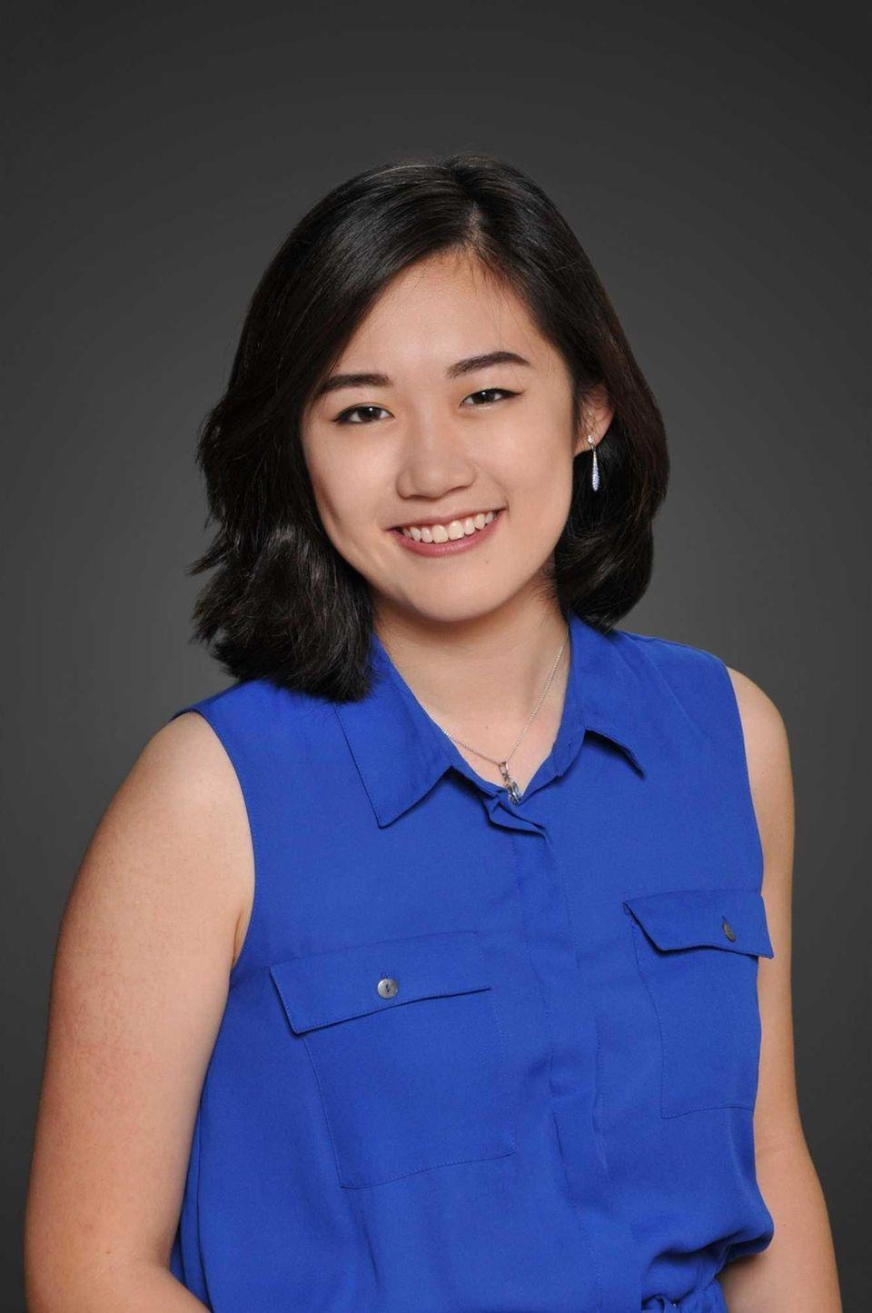 JULIA SHI, STONY BROOK SCHOOL Hometown: Setauket GPA: