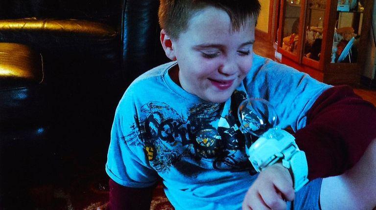 Kidsday reporter Cole Handley tests the Yo-kai Watch.