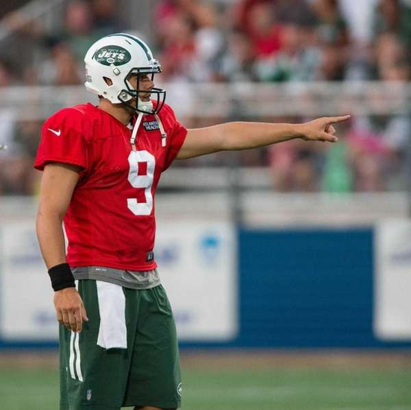 New York Jets quarterback Bryce Petty (9) during