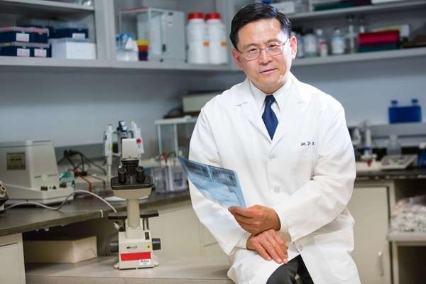 Ping Wang, chief scientific officer of the Feinstein