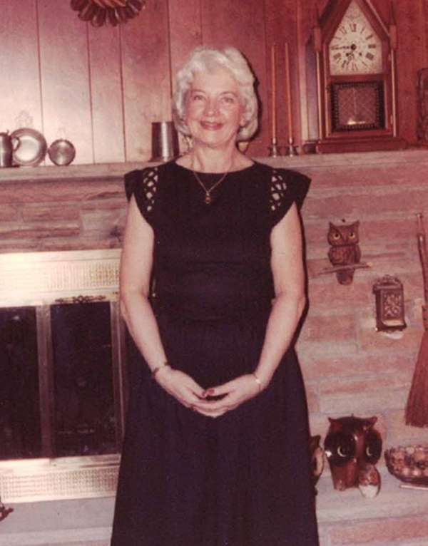 Evelyn G. Spahr, formerly of Massapequa Park and