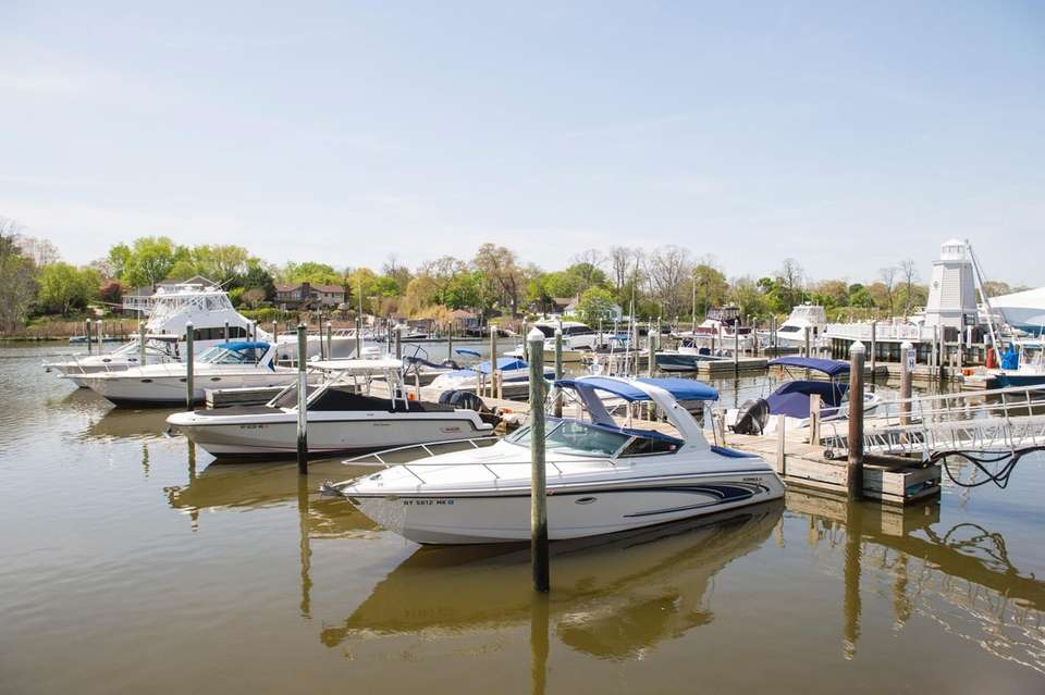 Lighthouse Marina at 229 Meetinghouse Creek Rd. in
