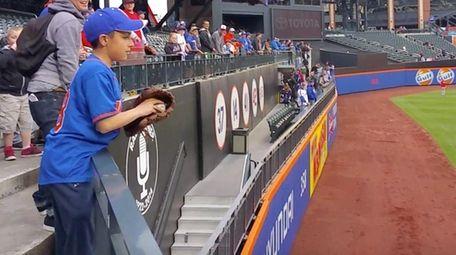 Joe La Rocca, an 11-year-old Mets fan from