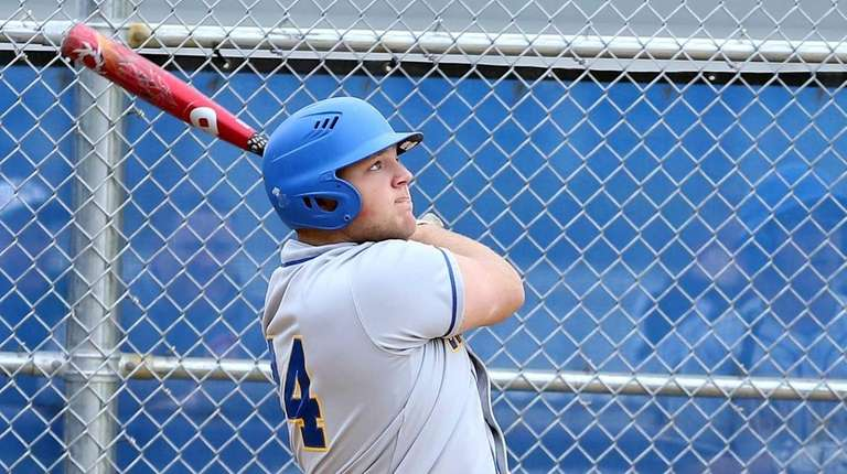 Two- run homer by East Meadow's Zach Fritz