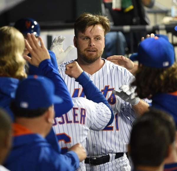 New York Mets first baseman Lucas Duda is