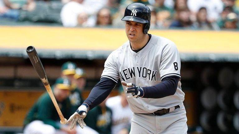 Mark Teixeira #8 of the New York Yankees