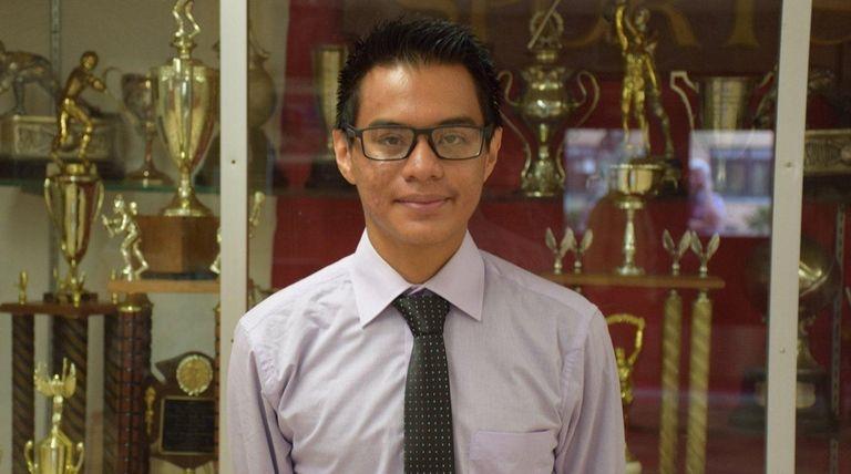 Luis Lopez Cardona is graduating Freeport High School
