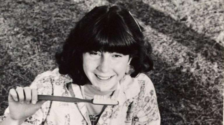 Jeanne Knudsen in 1977 on the lawn at