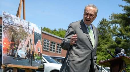 Sen. Chuck Schumer speaks in Syosset on May