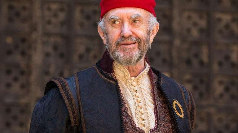 Jonathan Pryce is Shylock in Jonathan Munby's production