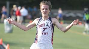 Smithtown West's Mike Grabowski wins the Division II