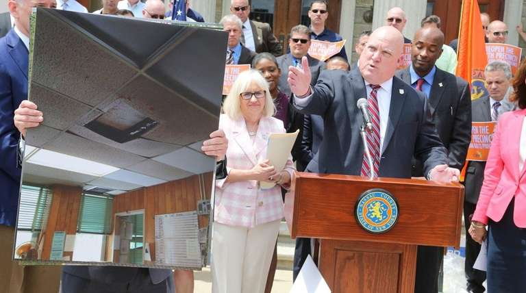 Nassau PBA president James Carver speaks Monday about