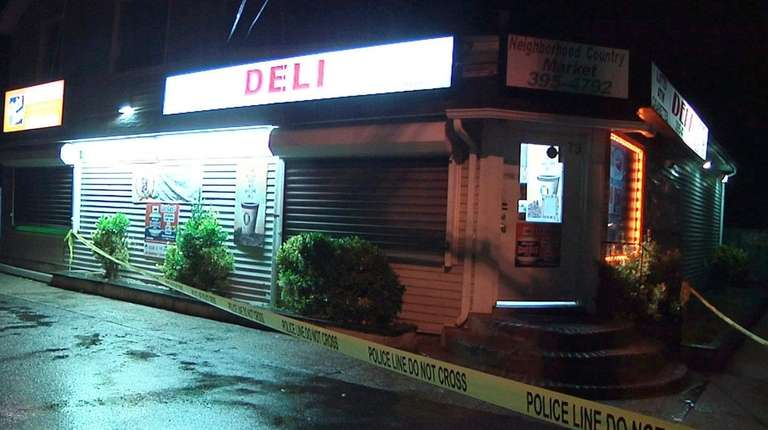 A man robbed this market on Whittier Drive