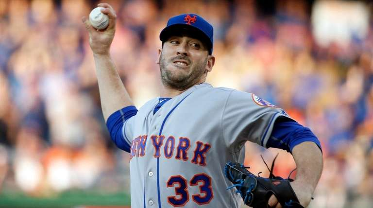 The Mets' Matt Harvey remained in a