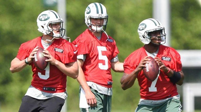 New York Jets quarterbacks Bryce Petty, Christian Hackenberg