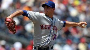 New York Mets starting pitcher Steven Matz #32