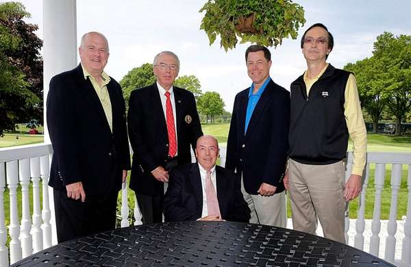 (l-r) Tim Finnegan, president of Huntington Country Club,