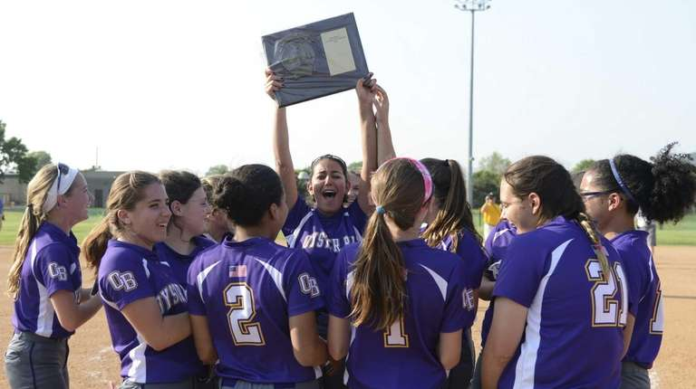 Oyster Bay celebrates their win in Game 2