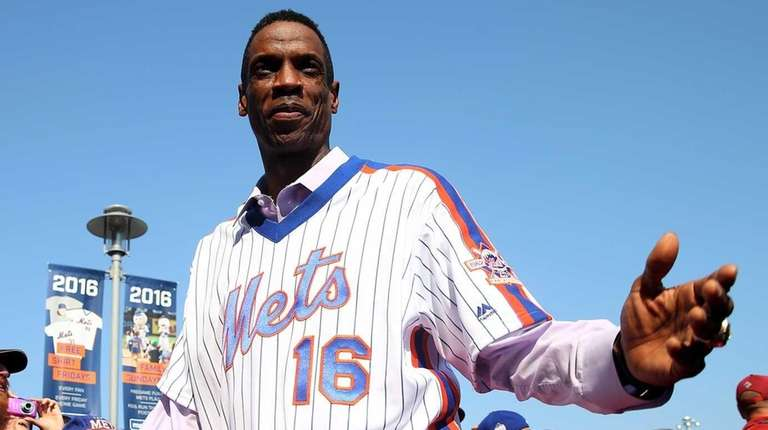Dwight Gooden #16 of the 1986 New York