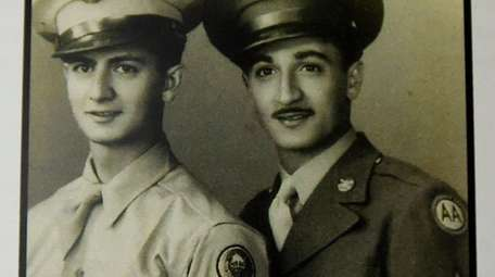 Army brothers Tec 4 Salvatore Ciaburri, left, and